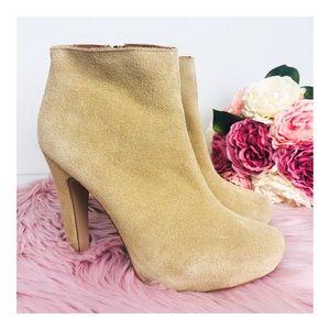 Colin Stuart Camel/Tan Leather Ankle Bootie 8